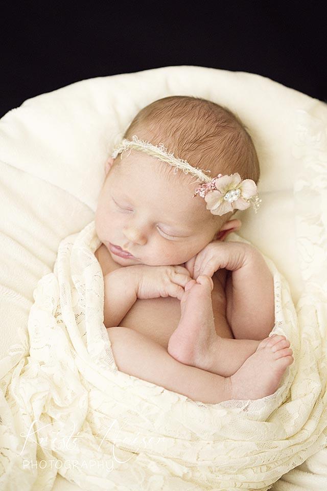 Madison wisconsin newborn photographer kristi heiser photography cries fade children grow art lasts